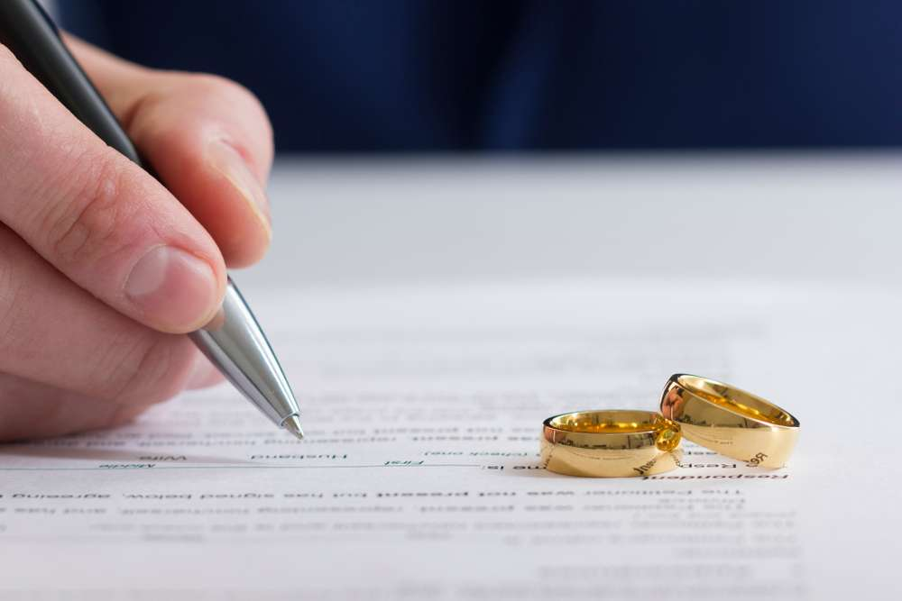 "Sweeping changes to divorce law to ""end the blame game"""