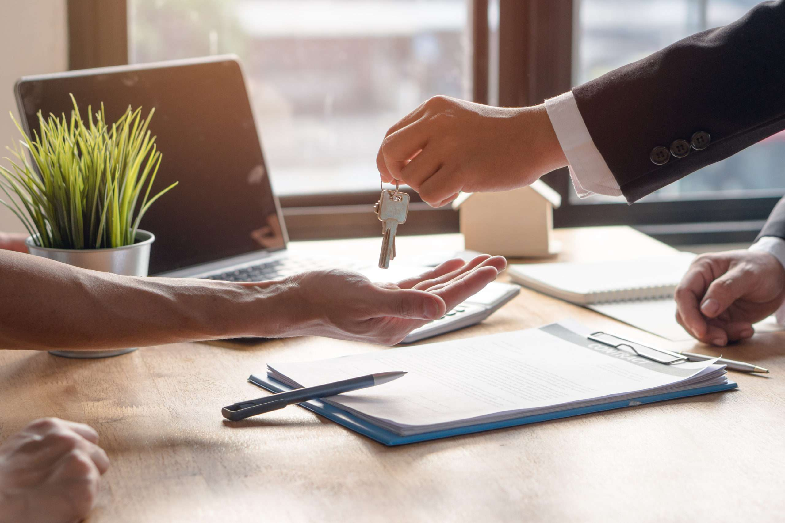 do I need to hire lease extension solicitors